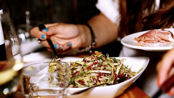 Your Relationship With Food:  Should You Just Get a Divorce or Work It Out?